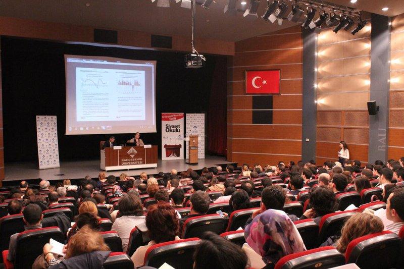 Bahçeşehir Üniversitesi Siyaset Okulu Beşinci Hafta