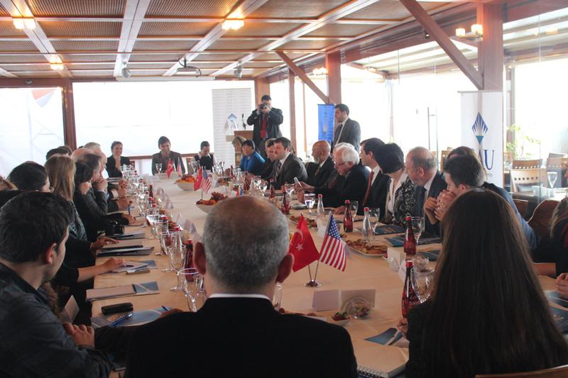 BAU ABD Senatör ve Temsilciler Meclisi Üyelerini Ağırladı
